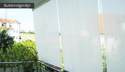 Buitenrolgordijn (wit) op balkon