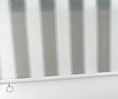 Overzicht van het buitenrolgordijn grijs/wit